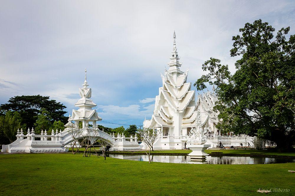 Photo in Architecture #wat rong khun #tempio bianco #chiang rai #tempio #bianco #thailandia #temple