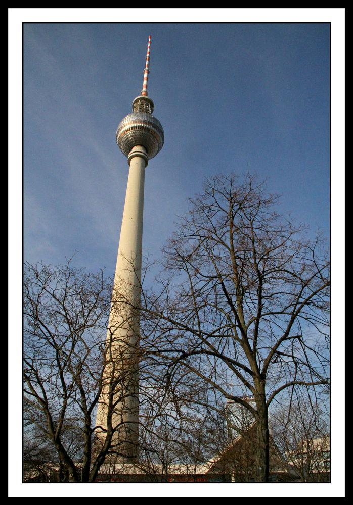 Photo in Cityscape #tower #alexanderplatz #berlin