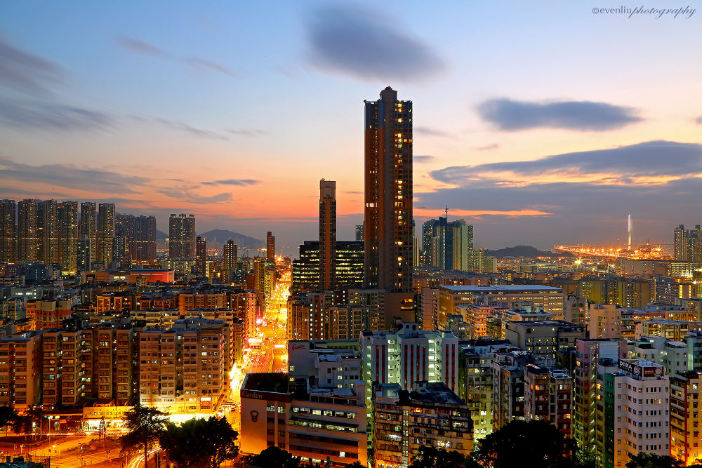 Photo in Cityscape #city #night #landscape #sunset #evening #cityscape #dusk #asia #hong kong