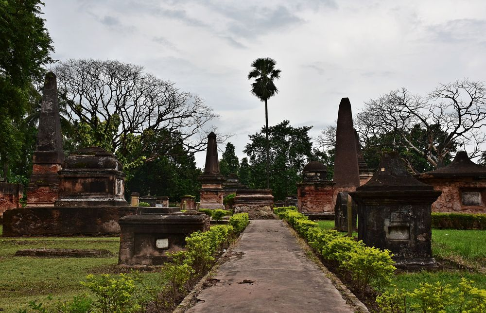 Photo in Architecture #cemetery #dutch_cemetery #architecture #monuments #places