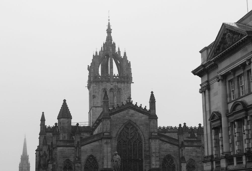 Photo in Random #rain #mist #edinburgh #church