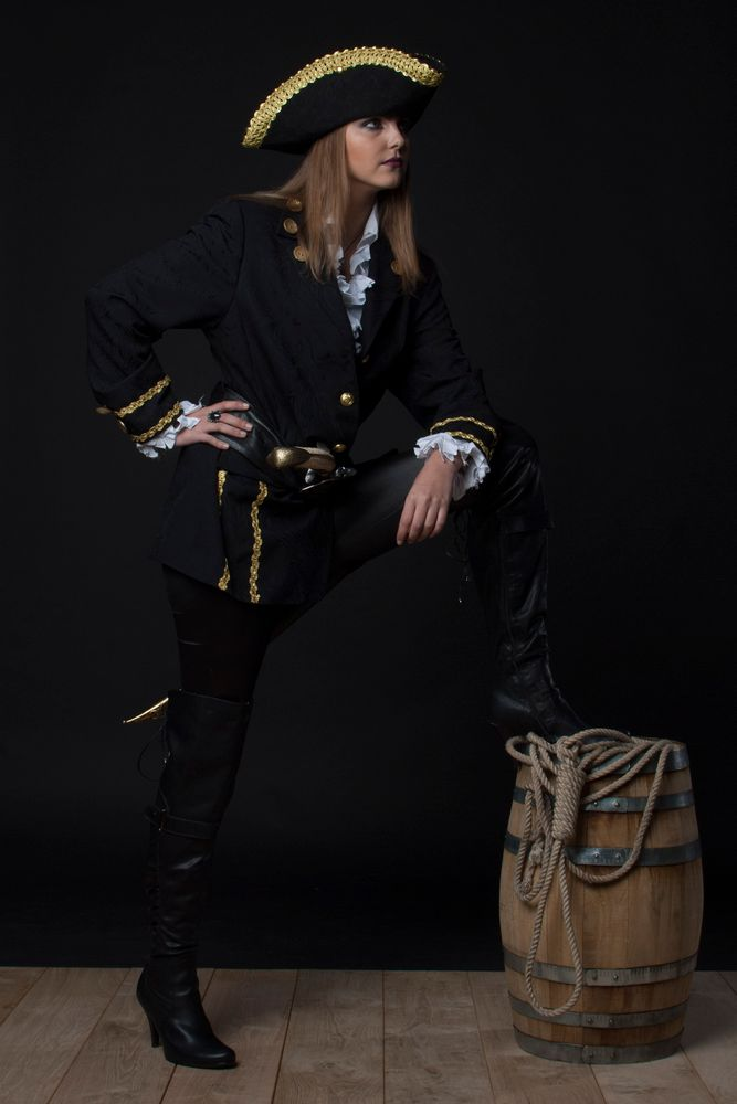 Photo in Portrait #pirate #buccaneer #portrait #female #beauty #teen #teenager #uniform #sexy #studio #blonde
