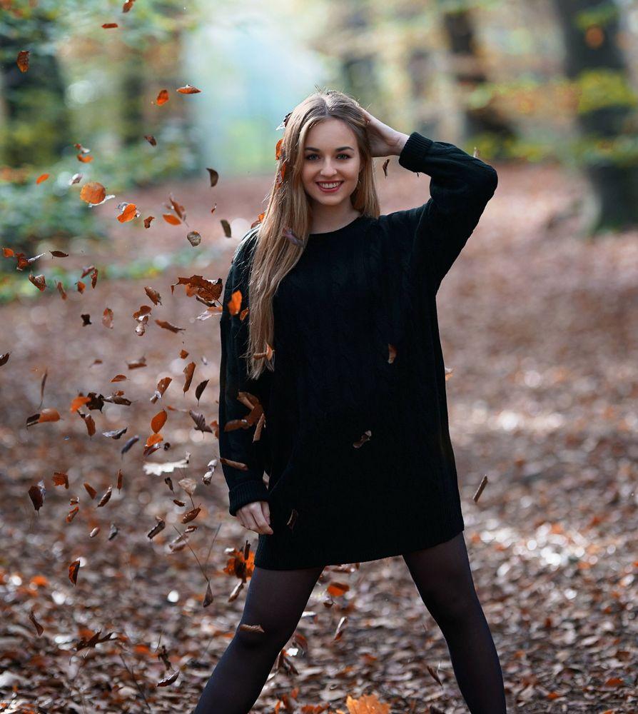 Photo in Portrait with model Alisha Van den Berg #netherlands #model #autumn #forest