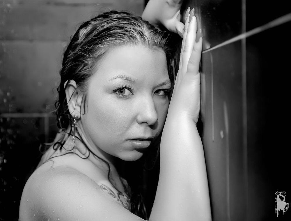 Photo in Portrait #portrait #girl #black and white