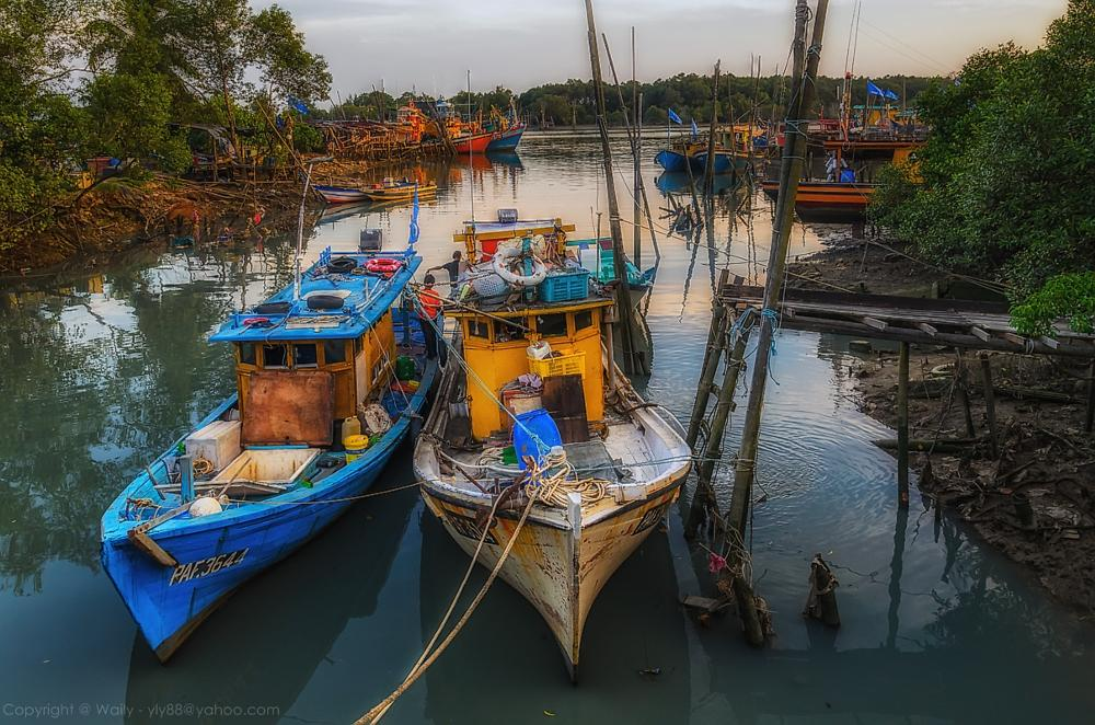 Photo in Street Photography #boat #landscape #waterscape