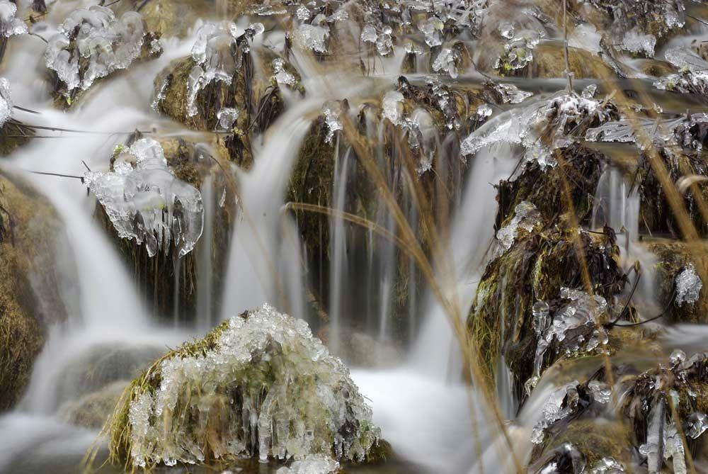 Photo in Nature #water #winter #croatien #frozen water #plitvice lakes #frozen river