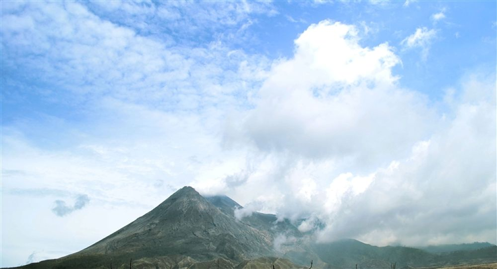 Photo in Random #merapi #volcanoes