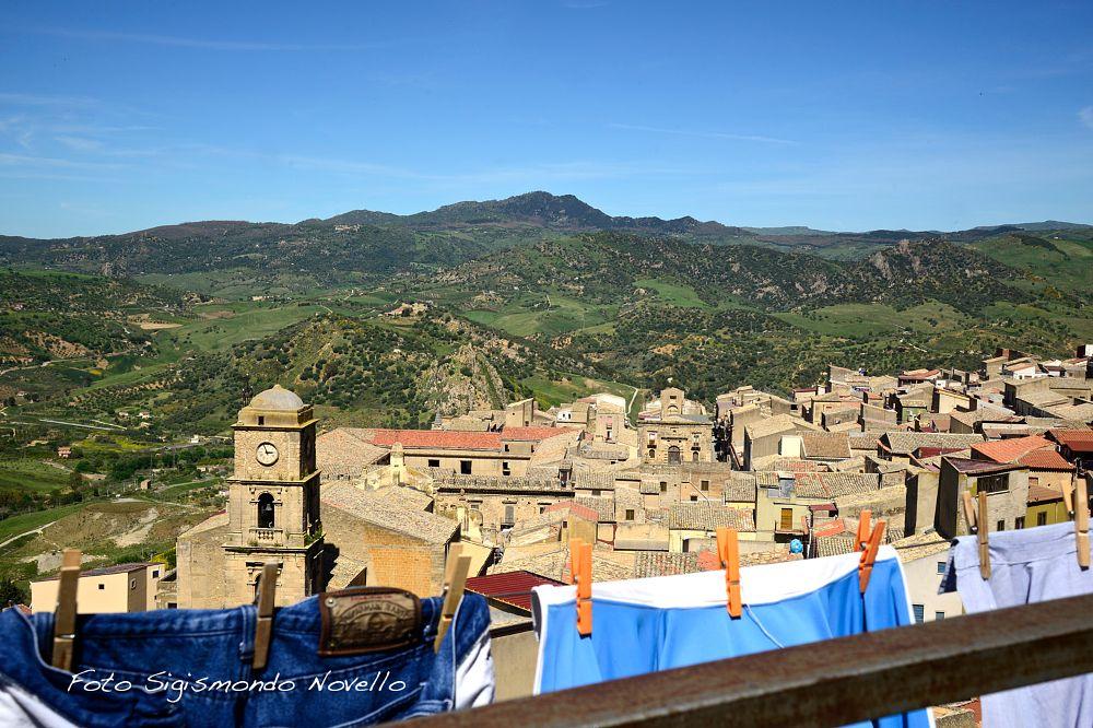 Photo in Landscape #leonforte #paesaggio #campanile
