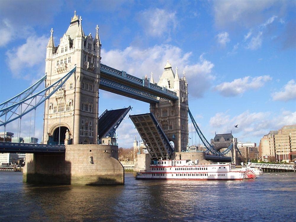 Photo in Random #london #bridge