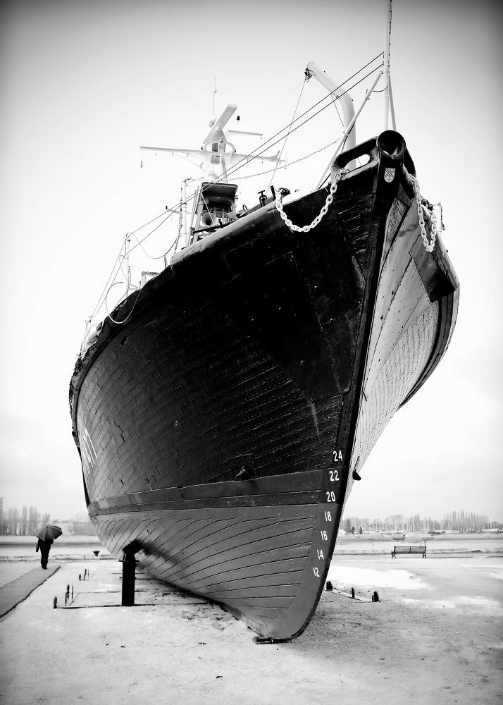 Photo in Black and White #boat #bw #black and white #antwerps
