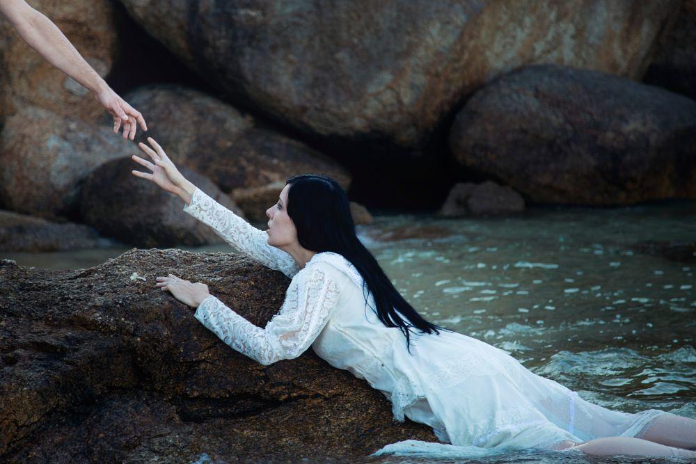 Photo in Fine Art #fine art #art #conceptual #creative #concept #conceptual photography #photo #photography #creative photography #explore #inspired #film #beautiful #woman #sea #ocean #blue #girl #hand #castaway #portrait