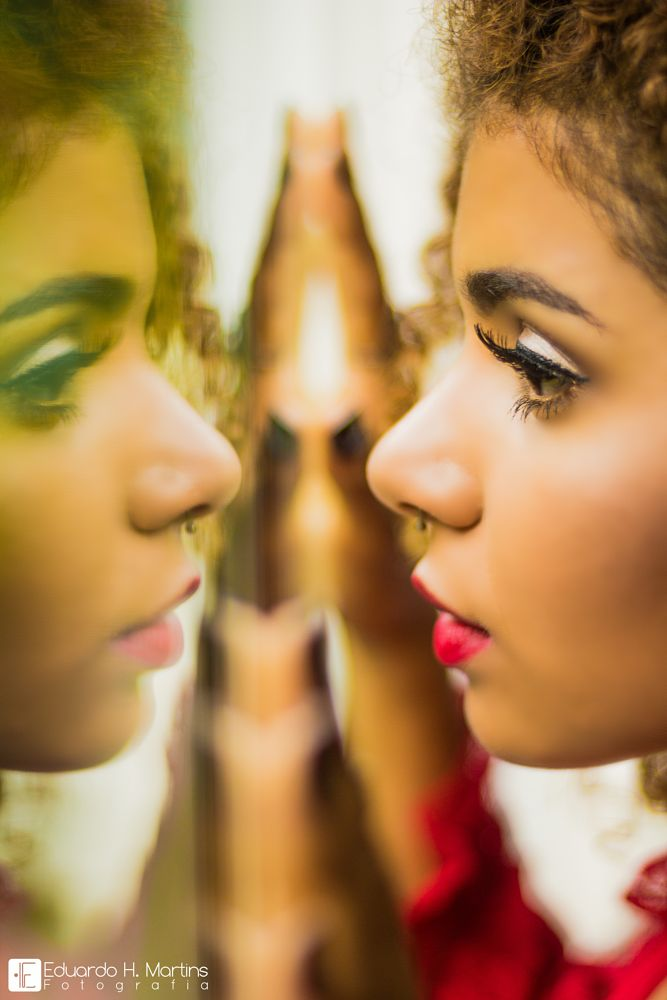 Photo in Portrait #retrato #portrait #girlface #mirrormymirror #photography #pictoday #face #thefemme #beauty