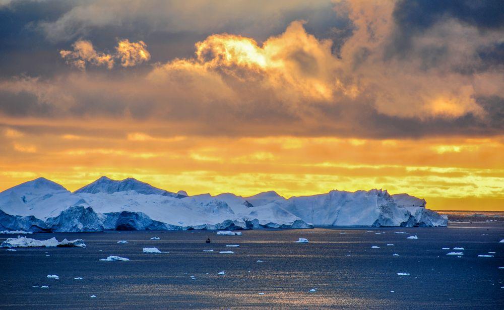 Photo in Landscape #iceberg #greenland #ilulissat