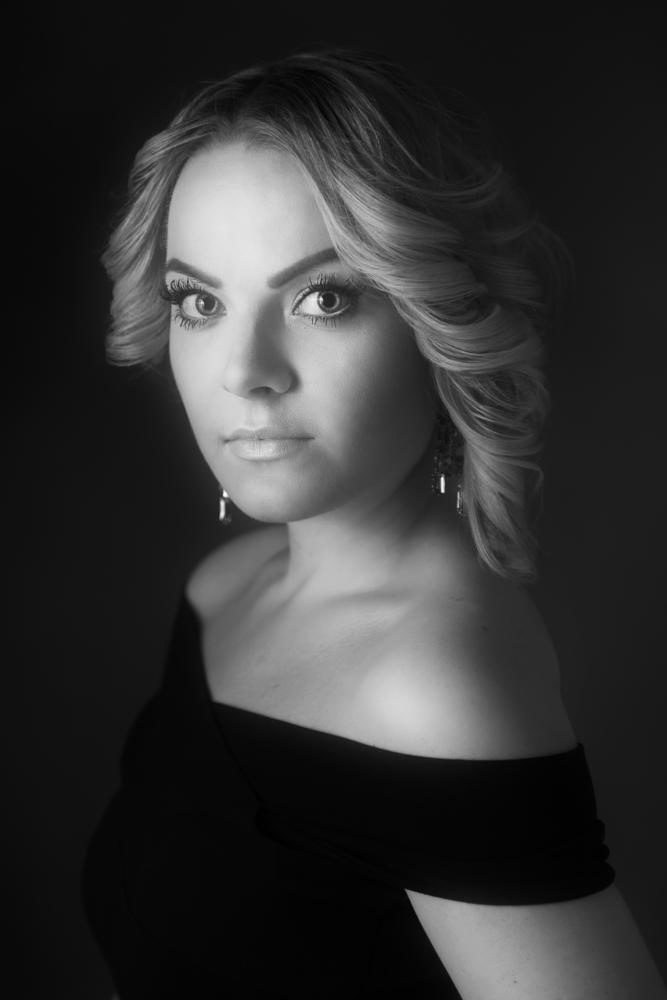 Photo in Portrait #woman #girl #blonde #cute #beautiful #portrait