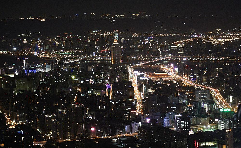 Photo in Cityscape #101 #architecture #taiwan #taipei #citylights