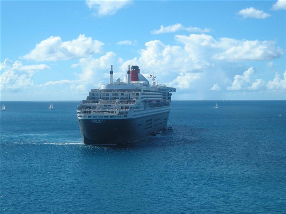 Photo in Random #grenada #cruise #ship