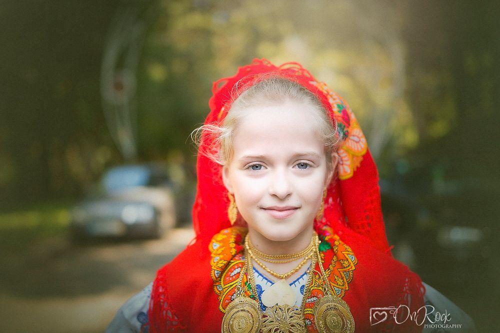 Photo in Portrait #girl #portrait #eyes #blue #blond #tradition