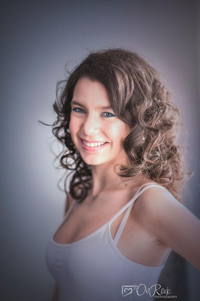 Photo in Portrait #model #fashion #beauty #portrait #smile