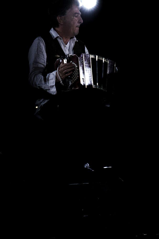 Photo in Random #pov #live #concert #musica #tango