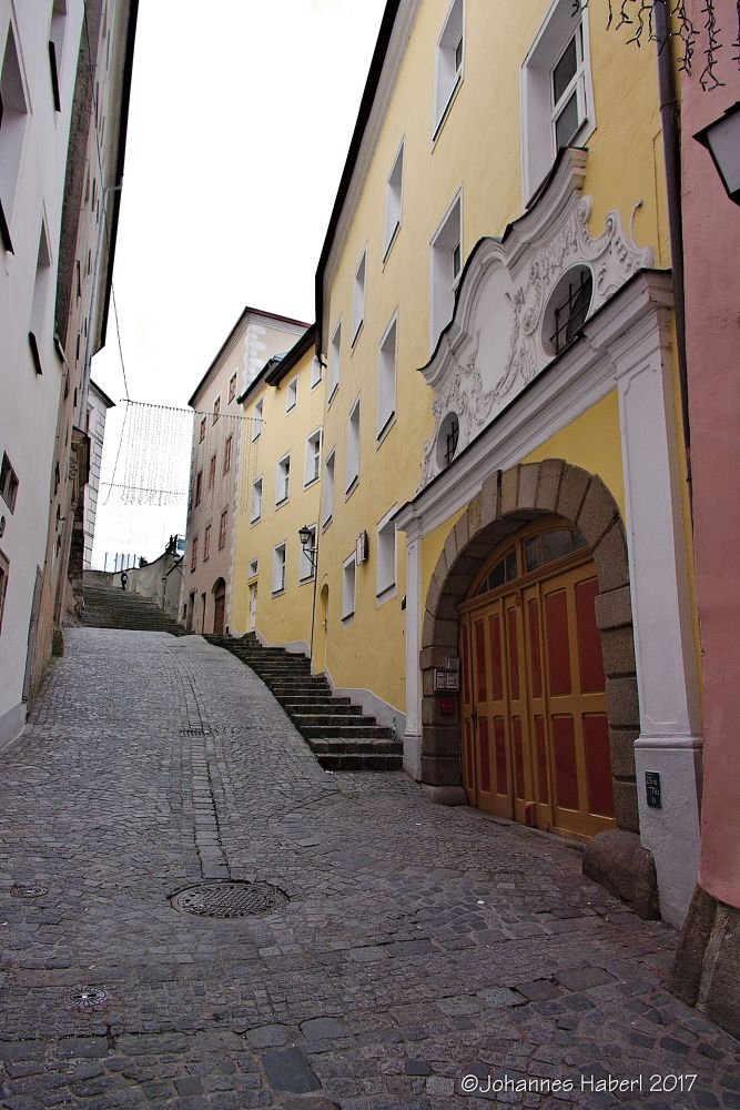 Photo in Architecture #castle #linz #christmas #up the narrow street