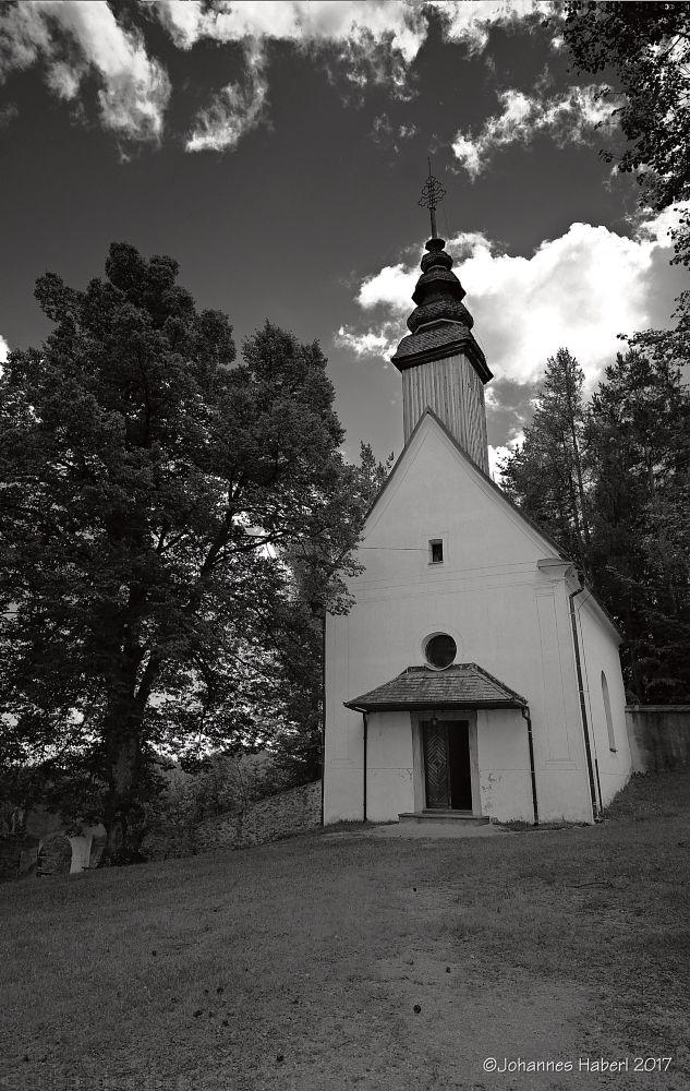 Photo in Architecture #sveti duh #chapel #heiligengeist wanderung #courtyard #black & white