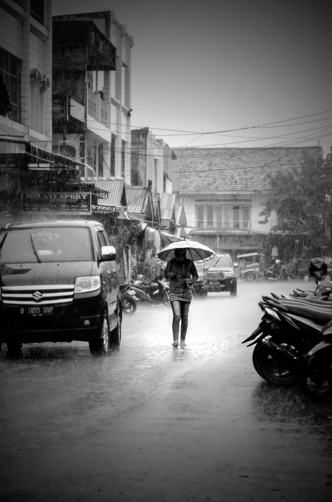 Photo in Black and White #people #rainy #black and white