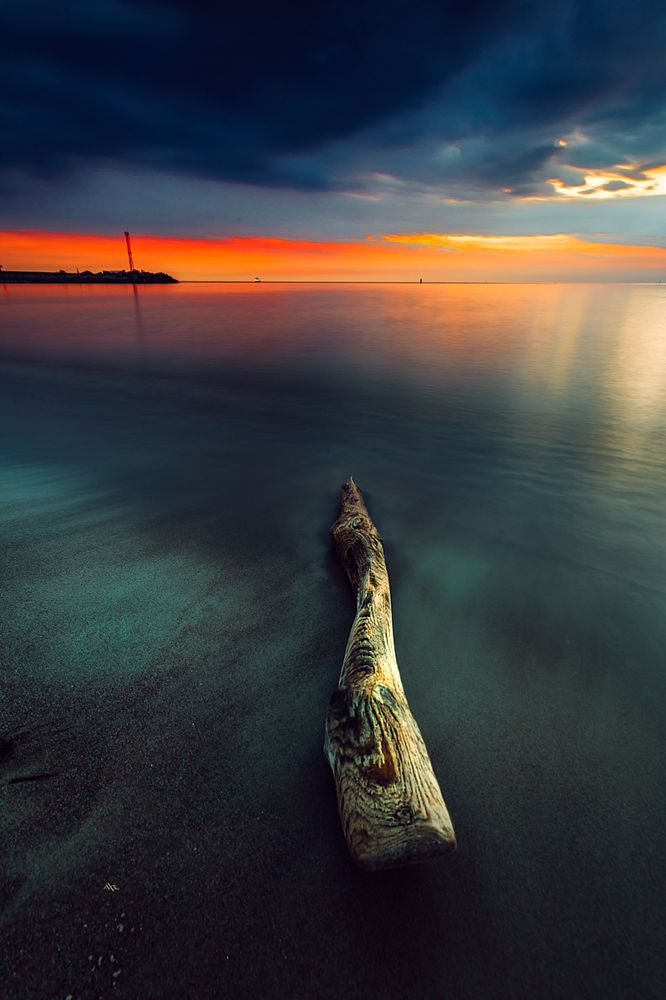 Photo in Sea and Sand #seascape #sunset #colors #long exposure #port gates