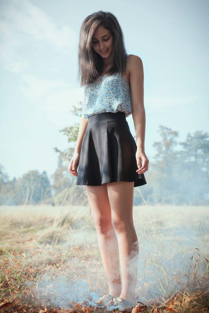 Photo in Portrait #model #girl #teenager #smoke #smoke pellet #smoke bomb #fog #autumn #outdoors #outside