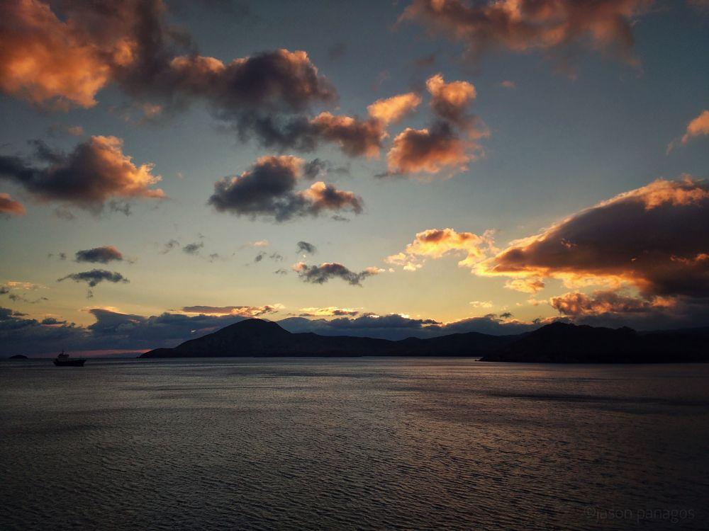 Photo in Random #seascape #photography #clouds #sunset #mobile #coloror #landscape #photo