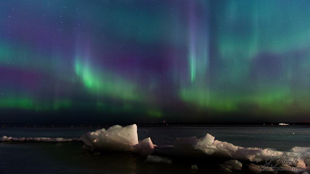 Photo in Astrophotography #aurora #borealis #revontuli #revontulet #jhook #photography #dslr #nikon #tokina #night #low #light #tripod #braun