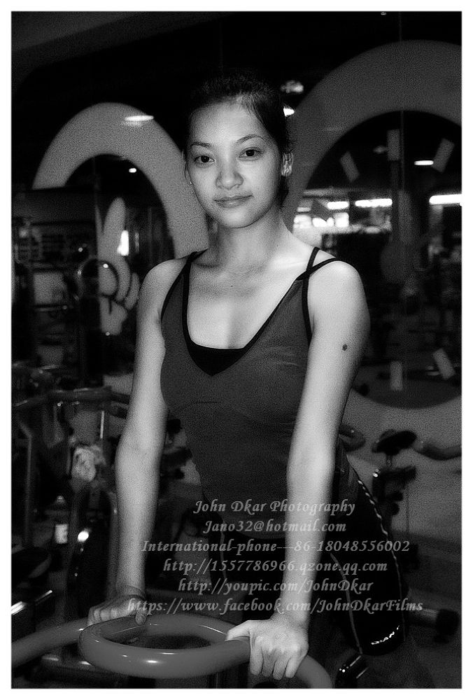Photo in Black and White #spinning #gym #teacher #trainer #suining #sichuan #china #jhondkar