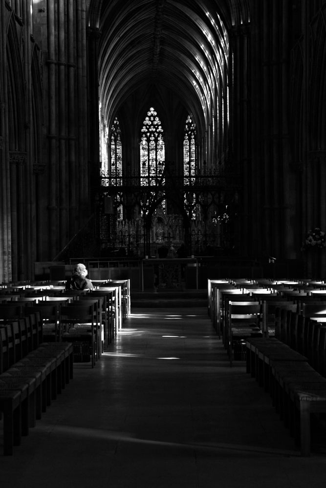 Photo in Black and White #cathedral #church #silence #people #black and white