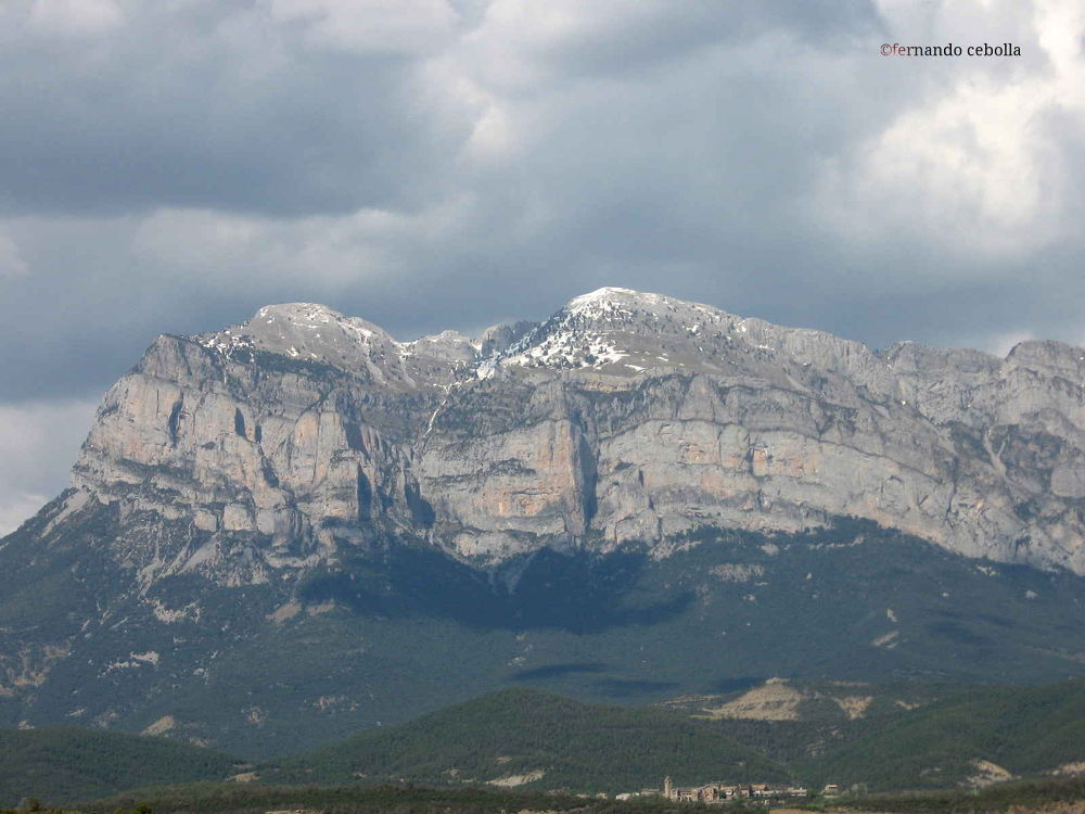 Photo in Landscape #huesca #polidas chamineras #mountain #montaña #pirineos #landscape #aragón #aínsa #sobrarbe