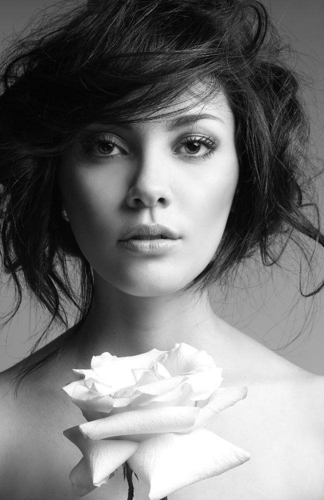 Photo in Black and White #danielbenjamin #cute #girl #fashion #portrait #powerful