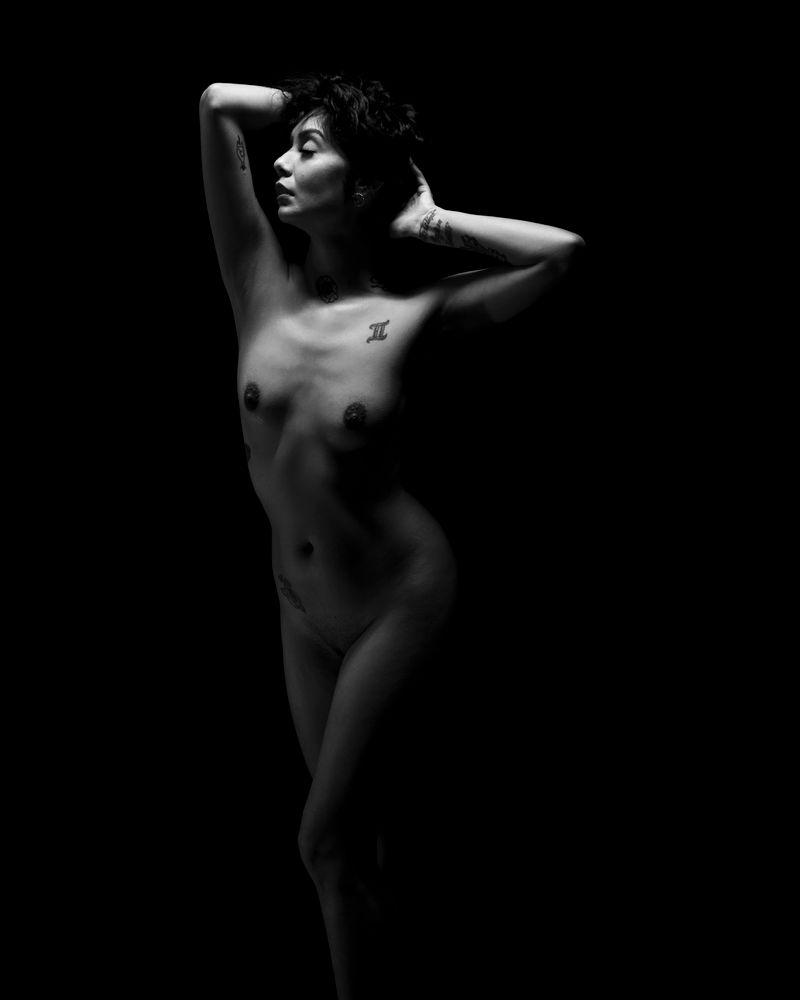 Photo in Nude #black and white #nude #model #artistic #art #bnw #b&w #alternative #alt #tattoos