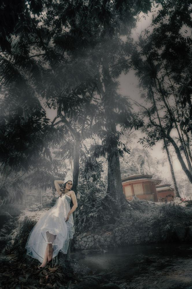 Photo in Fashion #white #dress #fashion #dreaming #fantasy #photography #photographer : babyuko (yumiko #female #photographer #asian #stylist