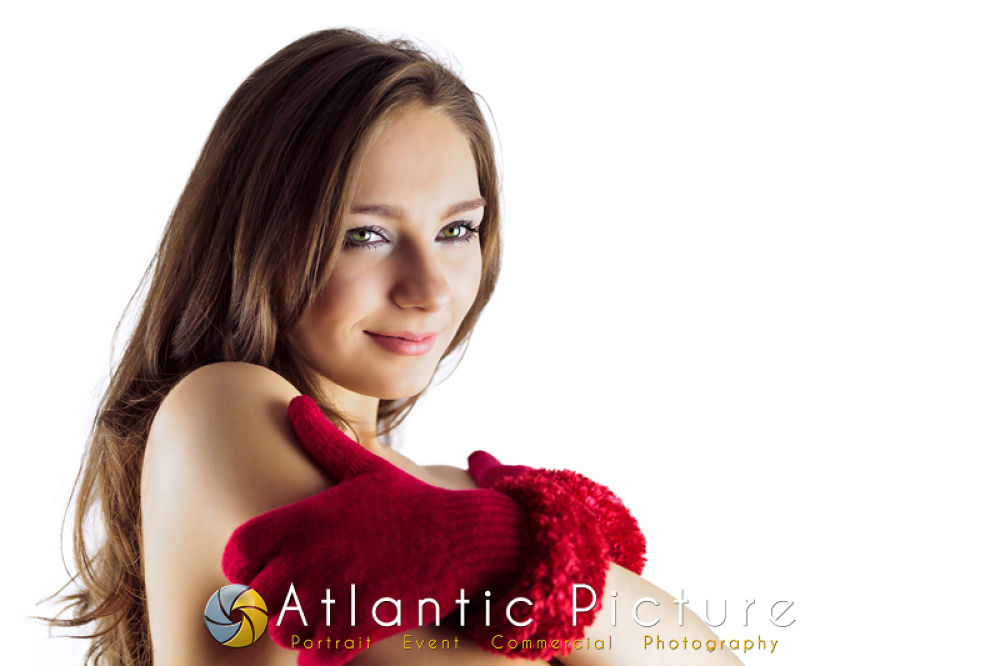Photo in Portrait #girl #happy #beautiful #photography #woman #green #picture #valentine #young #portrait #brown #model #brunette #atlantic #alicia