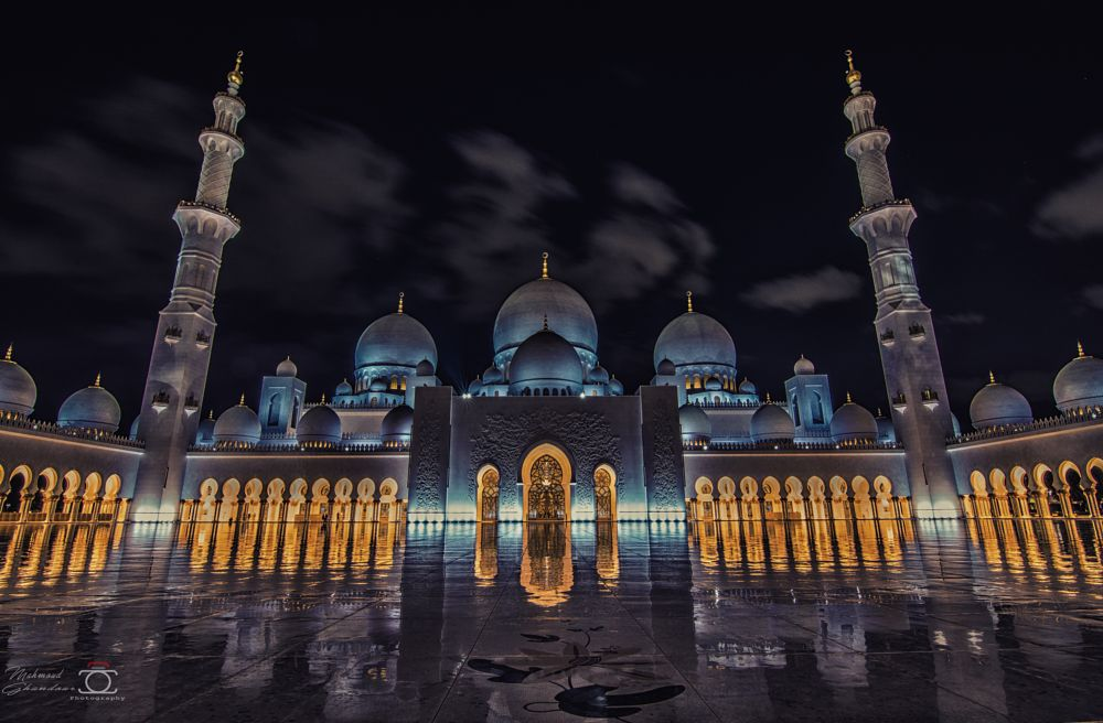 Photo in Architecture #architecture #mosque #abu dhabi #uae #travel #night photography #beautiful #cityscape