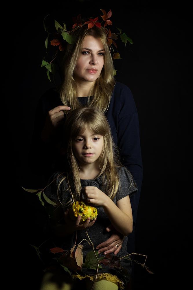 Photo in Portrait #portrait #people #autumn