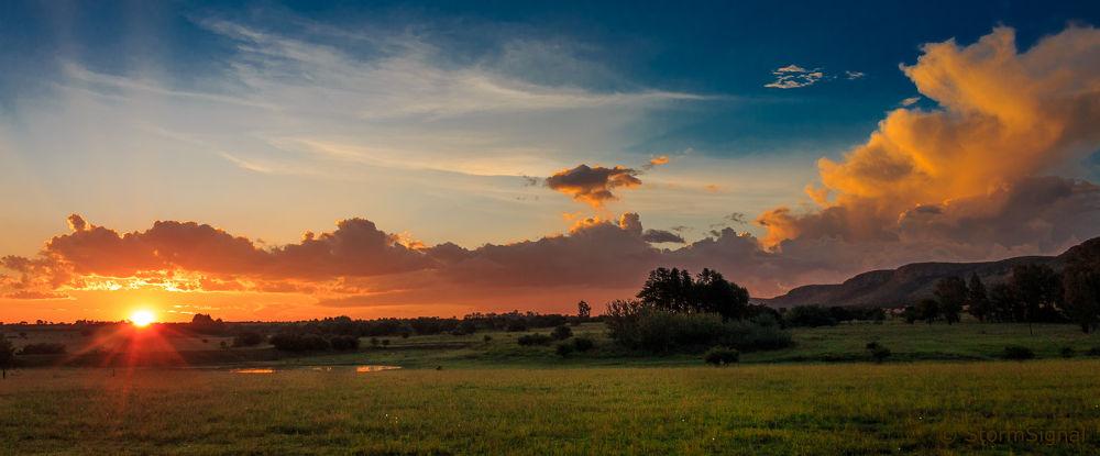 Photo in Landscape #sunset #sundown #sun #sky #skyscape #clouds #color #colour #colors #dusk #magaliesberg #south africa