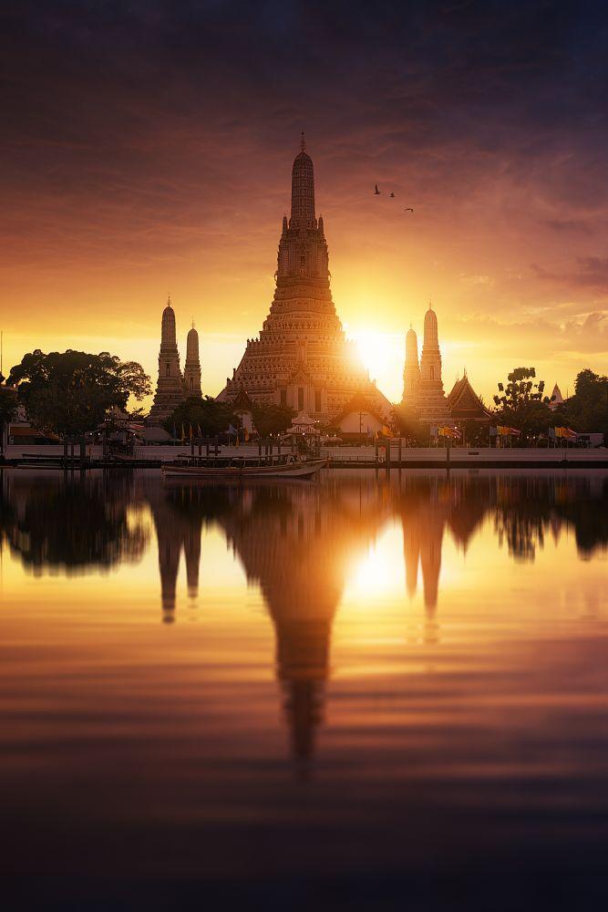 Photo in Landscape #wat arun #wat #arun #bangkok #thailand #temple of dawn #temple #of #dawn #landmark #sunset #reflection #photoshop #composite