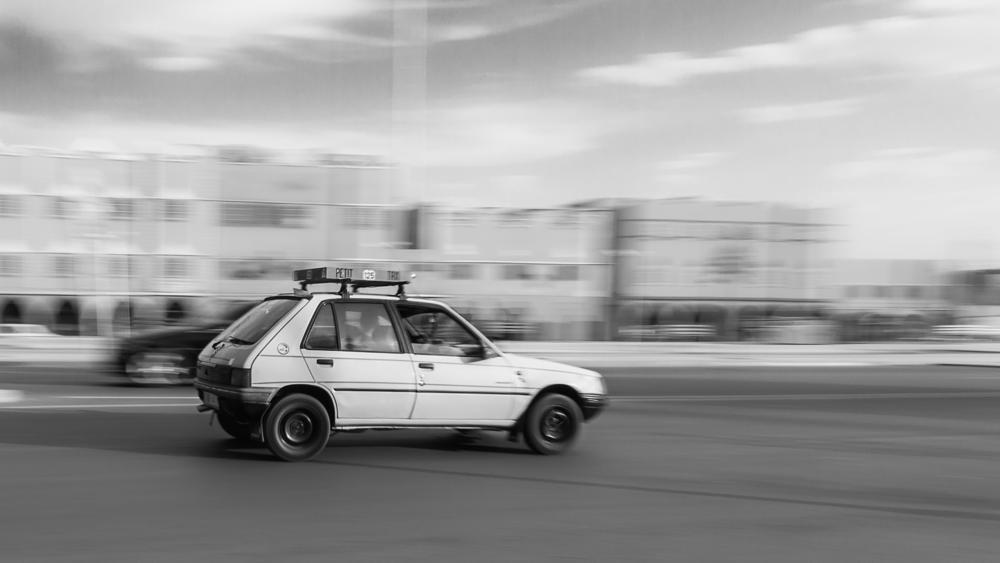 Photo in Vehicle #cab #taxi #speed #vitesse #ouarzazate #maroc #morocco