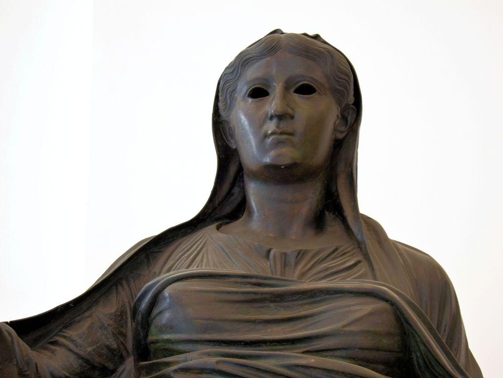 Photo in Fine Art #livia #sacerdotessa #statua #priestess #statue #ercolano #sculpture #m.a.n.n. #arnaldo de lisio #museo archeologico nazionale #classical art #scultura #arte classica #bronze #bronzo