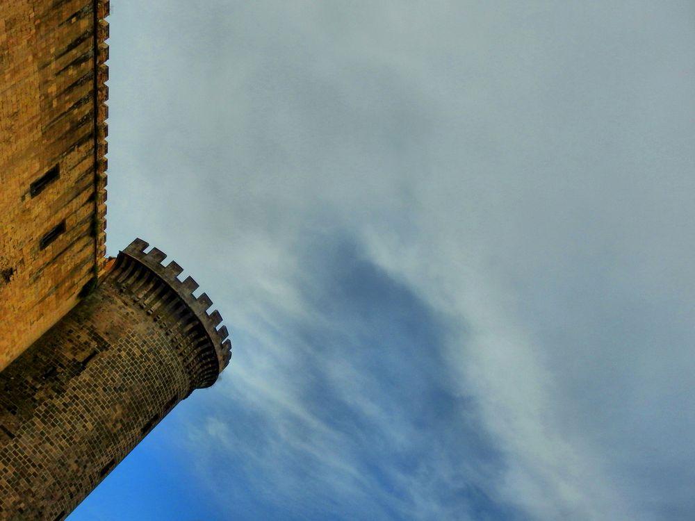 Photo in HDRI #hdri #hdr #castle #maschio angioino #arnaldo de lisio #medieval castle #angioino #aragonese #architettura #castello medievale #castello