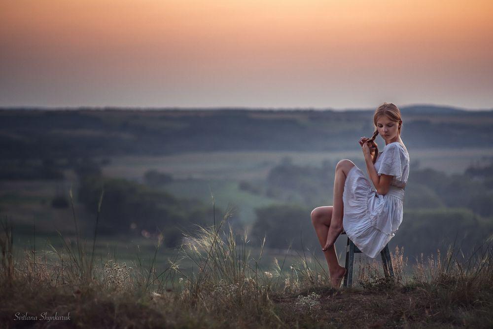 Photo in Portrait #svitlana shynkaruk #hair #young girl #landscape #pink #white dress #evening #pretty #manual lens
