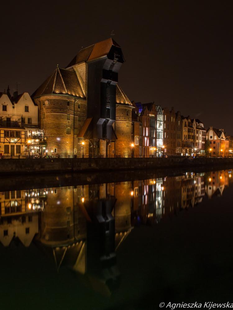 Photo in Cityscape #cityscape #nightphotography #longexposure #architecture #gdańsk #poland