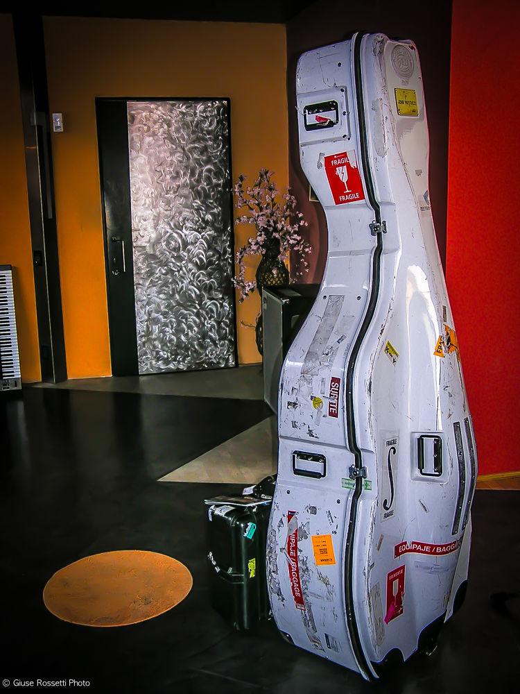 Photo in Random #italy #john patitucci #elfo studio #tavernago #piacenza #contrabbasso #contrabass #double bass