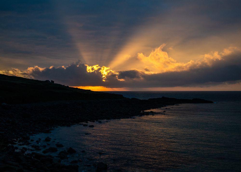 Photo in Sea and Sand #sunset #uk #unitedkingdom #england #cornwall #water #sea #waves #cliffs #hill #hills #stone #stones #sun #evening #sky #beautiful #view #bright #shine