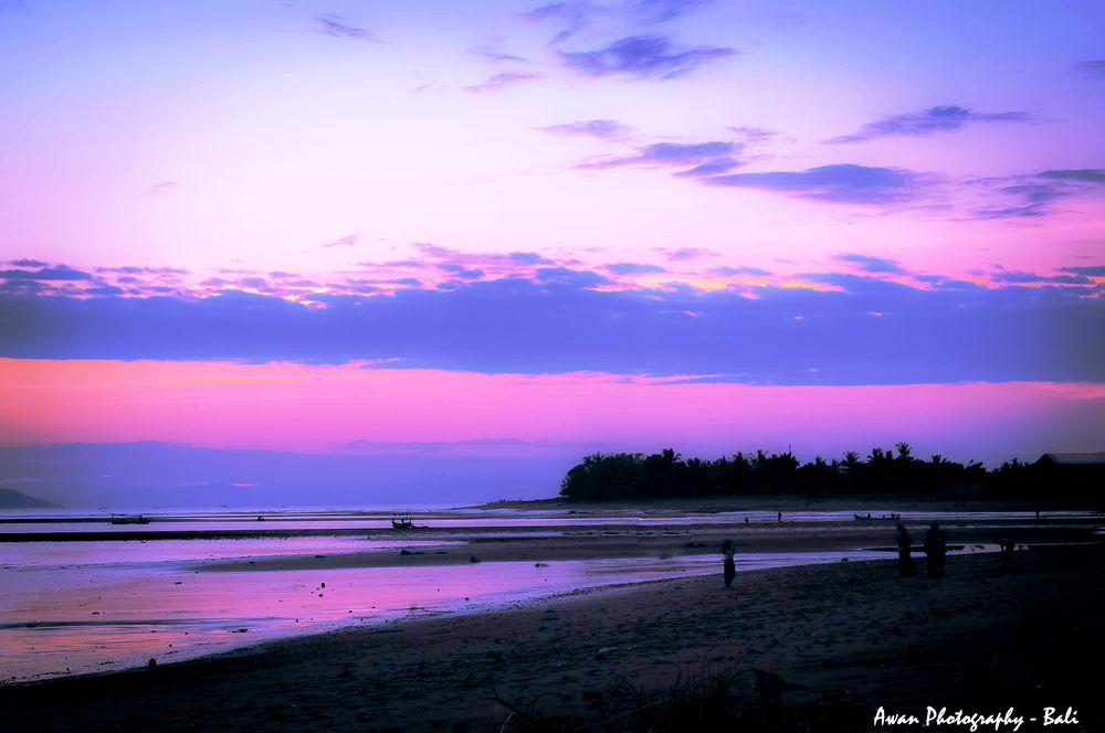 Photo in Random #sundown #seascape #color #beach #sunset #youpic #photography #photo