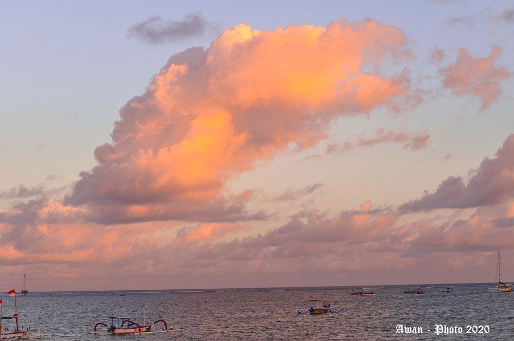 Photo in Random #sky #sea #photo #cloud #photography #color